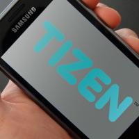 Samsung a HTC uvedou první smartphony s Tizenen ve druhé polovině roku