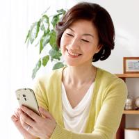 Babičkovský smartphone Fujitsu F-12D se bude prodávat i v Evropě
