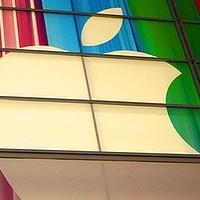Apple prodal za první víkend v Číně dva miliony telefonů iPhone 5