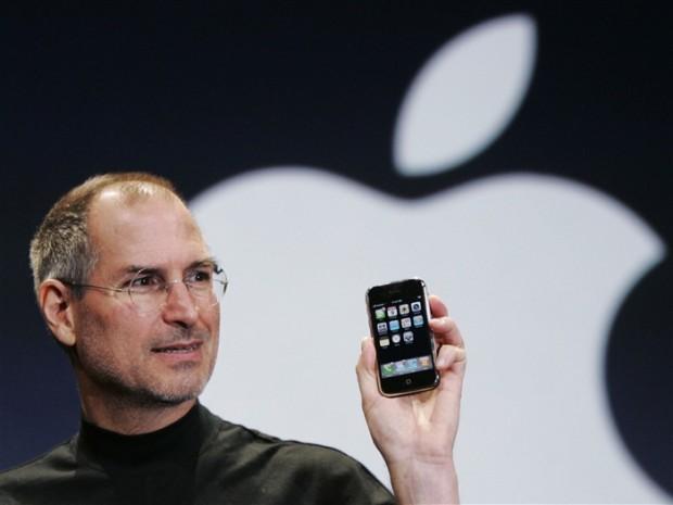 Dnes by oslavil narozeniny Steve Jobs, který dal světu iPod, iPhone i iPad