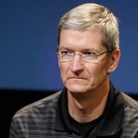 iPhone 5C je propadák! Apple drasticky omezuje jeho výrobu