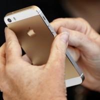 Apple slaví historický úspěch. Prodal půl miliardy iPhonů