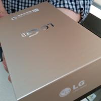 LG dopřeje chystanému G3 špičkový displej a navlékne ho do zlaté