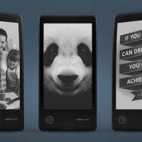 Ruský smartphone YotaPhone se dvěma displeji je dostupný v ČR