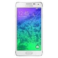 Zabiják iPhonu se nekoná. Samsung Galaxy Alpha má průměrnou výbavu. Zachrání ho kovový rámeček?