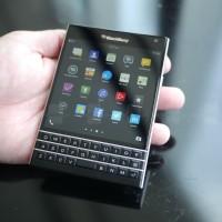 Nezvykle vypadající BlackBerry Passport se chystá na pulty v USA