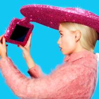 Acer představil klobouk pro selfieholiky. Na veřejnosti se s ním ale raději neukazujte