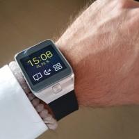 RECENZE Samsung Gear 2: Pane Spocku, můstek je Váš