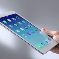 Logitech Type+: Parádní pouzdro s klávesnicí pro iPad Air