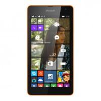 Microsoft uvádí na trh první telefon z řady Lumia, poprvé bez loga Nokie