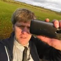 Bláznivý anglický vynálezce poslal telefony HTC One M8 do stratosféry