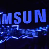 Samsung vylepší prostředí TouchWiz. Galaxy S6 bude odladěný jako Nexus 6, slibuje