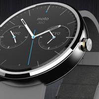 Cena hodinek Motorola Moto 360 klesla na historické minimum