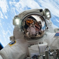 VIDEO: Podívejte se na opravu vesmírné stanice ISS z pohledu astronauta!