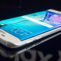 Samsung má problém. Novinky Galaxy S6 a S6 edge se špatně prodávají