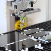 Video: Takhle Google testuje odezvu displejů svých smartphonů