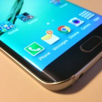 Samsung Galaxy S6 edge: Zahnutá jednička s tučným příplatkem