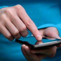 Mobily v Česku zdražily. V prvním čtvrtletí se cena zvýšila o 12 procent