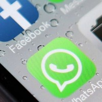 WhatsApp bude blíže propojený s Facebookem