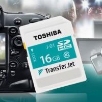 Toshiba představila bezdrátovou paměťovou kartu TransferJet