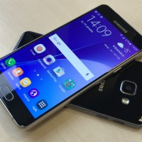 Samsung Galaxy A5: stredná trieda, ktorá sa hanbiť nemusí