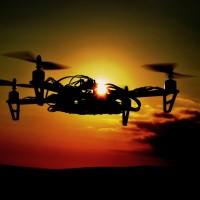 Video: Válka dronů v přímém přenosu vypadá jako z budoucnosti