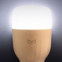 Ovládněte domácí osvětlení s WiFi LED žárovkou od Xiaomi