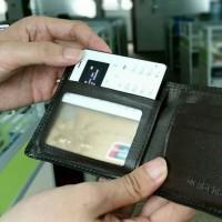 Otestovali jsme iNew Mini 1: záložní telefon do peněženky