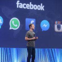Přes Messenger a WhatsApp se denně pošle 60 miliard zpráv