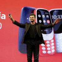 Nokia 3310 se vrátila. Pořád má Hada a baterie vydrží až měsíc