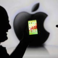 V Česku se loni prodaly téměř tři miliony chytrých telefonů