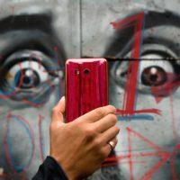 Zítra startují předobjednávky na HTC U11 v nové barvě Solar Red