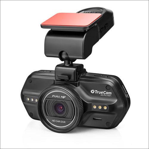 V ČR se začala prodávat kamera do auta Truecam A5 Pro WiFi