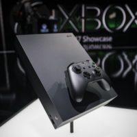 Xbox One X pomalu míří do prodeje. Nabídne snový výkon