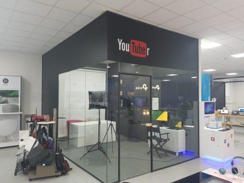 Alza otevřela plně vybavený koutek pro YouTubery