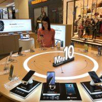 Huawei v Česku otevřel svůj první pop-up store