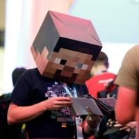 Minecraft si koupilo už přes 144 milionů hráčů