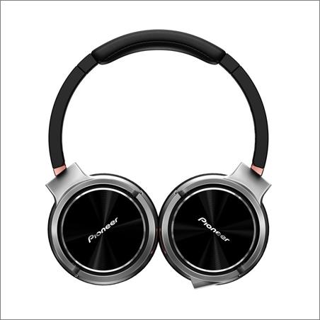Nová přenosná Hi-Res sluchátka Pioneer SE-MHR5
