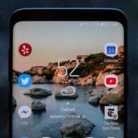 Samsung Galaxy S9(+) má vadný displej, stěžují si majitelé
