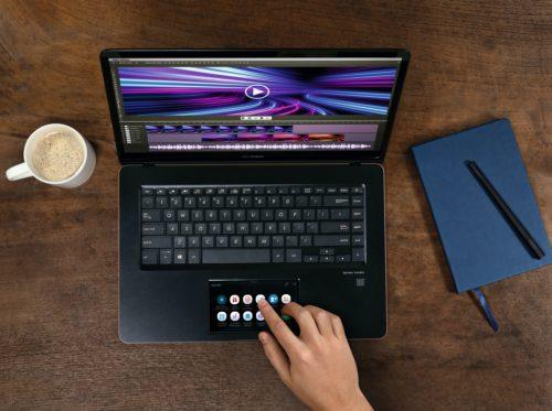 Asus ZenBook Pro 15: Notebook s druhým displejem místo touchpadu