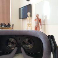 Studentům zdravotnických škol pomůže s výukou lidské anatomie virtuální realita od Samsungu
