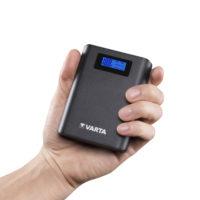 Varta prodává novu powerbanku s displejem a svítilnou