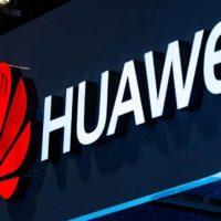 Používání telefonů Huawei a ZTE může být nebezpečné, varuje český úřad