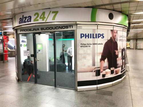 Alza otevřela třetí Prodejnu budoucnosti v metru Můstek