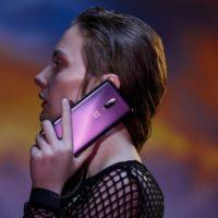 Do prodeje míří fešácky OnePlus 6T ve fialové barvě