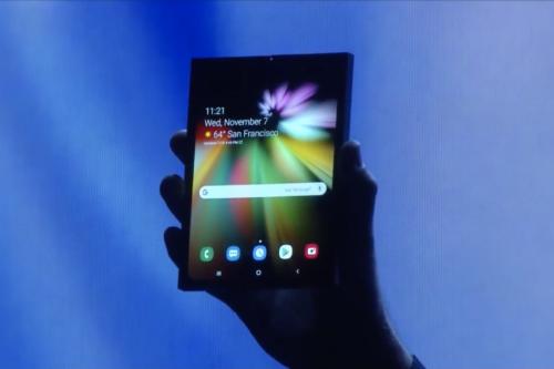 Skládací mobil od Samsungu nebude nic levného