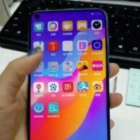 """Fešák v plné nádheře. Podívejte se, jak vypadá Huawei nova 4 s """"dírou"""" v displeji"""