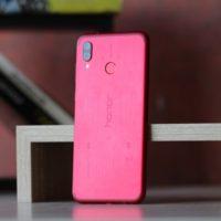 Prodeje chytrých telefonů Huawei letí strmě vzhůru