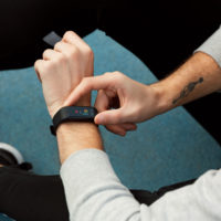 Do prodeje zamířil chytrý náramek Niceboy X-fit GPS