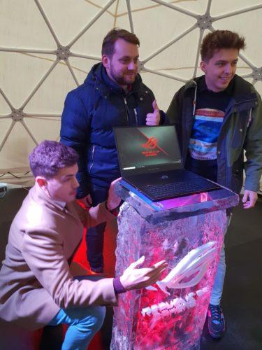 ASUS ve Varšavě prezentuje nové řady notebooků pro rok 2019